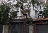 Cho thuê căn biệt thự DT 210 m2, 3 tầng trong khu đô thị Văn Quán