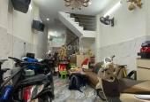 Khu vực hiếm nhà bán Trần Hưng Đạo, Quận 5 40m2 4 tầng BTCT, 4 PN giá chỉ 7.6 tỷ TL