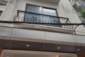 Cho thuê nhà riêng 5 tầng Đức Giang, Long Biên, 32m2/ sàn. Giá: 8 tr/th, 0984.373.362