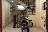 Cho thuê nhà 4 tầng ngõ 318 Ngọc Thụy, Long Biên, 40m2/ sàn, giá: 7 triệu/tháng, LH: 0984.373.362