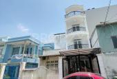 Bán nhà thiết kế hiện đại 4x20m đường 8m xe hơi quay đầu, phường Phú Thuận, Quận 7