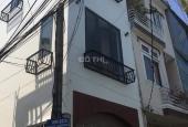 Nhà 3 tầng 3 mê 2 mặt kiệt ô tô Hàm Nghi