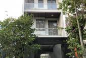 Bán nhà phố khu đường Số 5 Phạm Hữu Lầu Q7 - 5x18m + 3 tầng + nội thất - chốt 9 tỷ