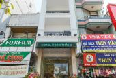 Chính chủ cần bán gấp 121 Lê Thị Riêng, Phường Bến Thành, quận 1, DT: 5,9x14m; trệt, 3 lầu, 21 tỷ