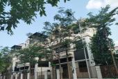 Bán biệt thự Nguyễn Văn Huyên dt 227 m2, mt 10.3 m x 4 t giá 52 tỷ