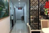 Cần tiền bán gấp căn hộ penthouse tầng 18, 3 view 2 cửa chính, tặng nội thất