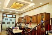 Bán nhà mặt phố sầm uất Dương Quảng Hàm 62 m2, 5 tầng, vị trí tuyệt đẹp, 11,7 tỷ