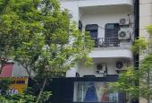 Nhà đẹp lô góc 7 tầng mặt phố Láng Hạ Ba Đình nhỉnh 300 triệu/m2