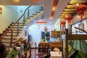 Cần bán nhà phố Nguyễn Văn Linh DT 50m2 3 tầng, ô tô 7 chỗ đỗ cửa, ngõ thông tứ tung