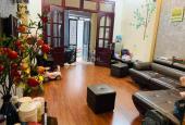 Bán nhà Thành Công gần hồ Thành Công. 40m2 - 4 tầng - 4 phòng ngủ, giá chào 6 tỷ