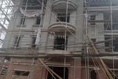 Bán đơn lập Sài Đồng, 270m2, nhà xây thôi, đang hoàn thiện sân vườn trước sau, LH: 0913296825