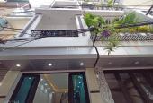 Bán nhà Thịnh Quang, Vĩnh Hồ, Q Đống Đa, DT 47m2 - 6 tầng, nhà đẹp xây mới, ôtô Morning đỗ cửa