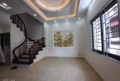 Nhỉnh 2 tỷ, nhà mới 5 tầng 3PN, lô góc tại phường Thượng Thanh, quận Long Biên