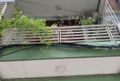 Chính chủ bán nhà phố Văn Cao, Quận Ba Đình, DT 45m2, ô tô tránh, giá 9,5 tỷ, sổ đỏ