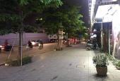Bán nhà mặt phố Phạm Văn Đồng, lô góc, kinh doanh cực tốt, DT 74m2 x 6 tầng x MT 10m giá 25 tỷ