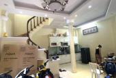 Siêu rẻ, siêu lợi nhuận, diện tích rộng phố Hồ Tùng Mậu - Hà Nội, DT 64 m2, 4 tầng giá chỉ 4.5 tỷ