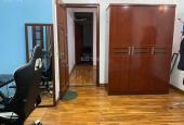 Bán nhà Nguyễn Chí Thanh lô góc 3 thoáng - Ô tô đỗ cửa vào nhà