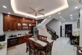 Bán nhà đẹp Đông Tứ Trạch ,phố Nguyễn Chí Thanh, Ngõ Oto, 46m2 x 4 tầng , MT4.3m, Giá 7.4 tỷ.