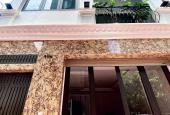 Bán nhà phố Thái Thịnh, Đống Đa, có thang máy, lô góc 2 mặt ngõ, KD bất chấp