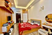 Bán nhà gần mặt tiền Trần Quang Khải, Q1 sầm uất, 2 lầu BTCT, góc 3 mặt hẻm chỉ có 3.65 tỷ