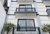 Cho thuê nhà phân lô khu M2 Trần Kim Xuyến 95m2x5 tầng giá 35tr/ tháng - 0903279587