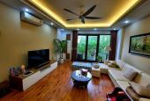 Bán nhà phố Nguyễn Ngọc Vũ SĐCC mới đẹp ở ngay, tặng toàn bộ nội thất, 40m2, 4.2 tỷ
