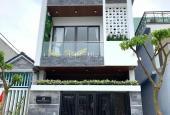 Cho thuê nhà 1 trệt 2 lầu , khu dân cư cty 8 , giá 8 triệu .
