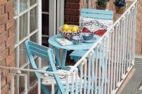 Cách bố trí bàn ăn nhỏ xinh ở ban công