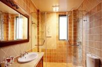 Hóa giải uế khí tích tụ trong nhà vệ sinh không có cửa sổ