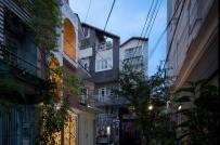 Tham quan nhà ống xanh mướt ở Sài Gòn