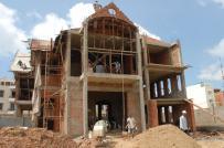 Có phải nộp thuế khi xây dựng nhà ở tư nhân?