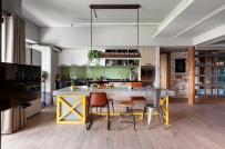 Ấn tượng với căn hộ rộng 122m2 nhưng có đến một nửa diện tích dành cho bếp