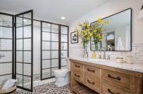 4 lỗi thiết kế khiến phòng tắm luôn có mùi hôi khó chịu