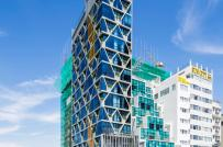 Chiêm ngưỡng khách sạn với những ô cửa kính sắc màu ở Nha Trang