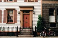 Những cách sắp xếp phong thủy trước cửa nhà mang lại vượng khí cho gia đình