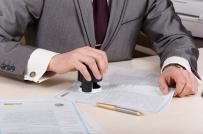 Có được hủy bỏ hợp đồng mua bán đất đã công chứng hay không?