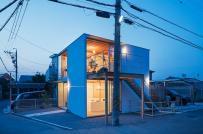 Nhà 2 tầng để ở kết hợp kinh doanh có thiết kế đơn giản, ấm cúng