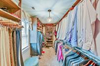 Nhà rộng hay chật cũng trở nên sang, xịn với những kiểu tủ quần áo mở này