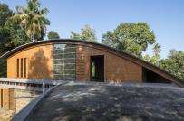 Độc đáo nhà tránh nắng làm bằng gạch bùn ở Ấn Độ