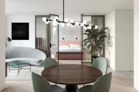Tường kính phòng ngủ - giải pháp thiết kế nội thất cho căn hộ nhỏ