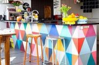 Phòng bếp rực rỡ sắc màu xua tan giá lạnh mùa đông