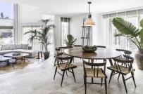 Ngôi nhà mang phong cách kiến trúc thực dân với lối thiết kế tối giản