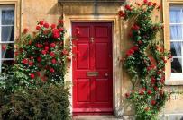 4 màu sơn cửa cần tránh nếu không muốn mất hết tài lộc