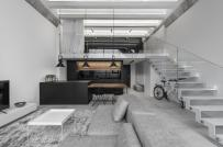 Căn hộ gác lửng đẹp hiện đại nhờ được thiết kế theo phong cách công nghiệp tối giản