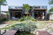 """Độc đáo ngôi nhà """"hai trong một"""" dưới chân núi Sơn Trà"""