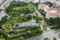 Trụ sở UBND quận lắp điện mặt trời, có cảnh quan như công viên