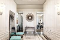 Căn hộ phong cách Pháp tân cổ điển có phòng gym trên gác lửng