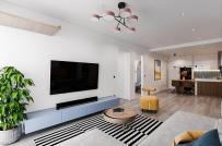 Học cách phối kết màu xanh - vàng mù tạt ấn tượng cho căn hộ hiện đại