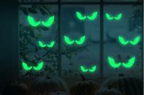 Trang trí cửa sổ Halloween với những mẫu decal cực chất