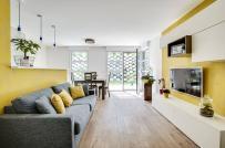Màu sắc trang trí nhà năm 2021: Xám tối thượng và vàng rực rỡ